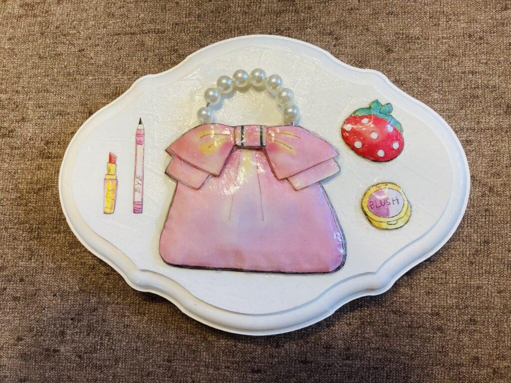 ピンクのバックのルプゼ作品